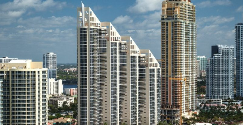 Pinnacle Sunny Isles