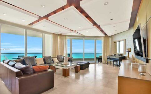 Turnberry Ocean Colony - Collins Avenue